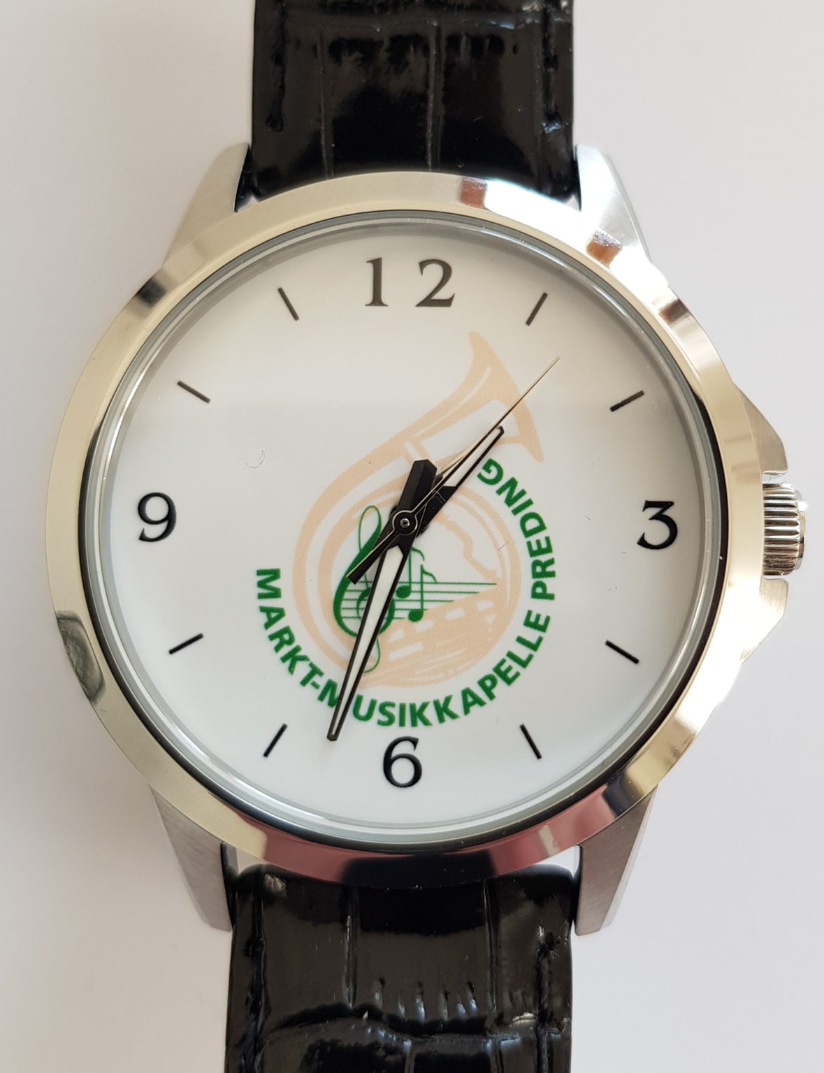Uhr MMK-Preding